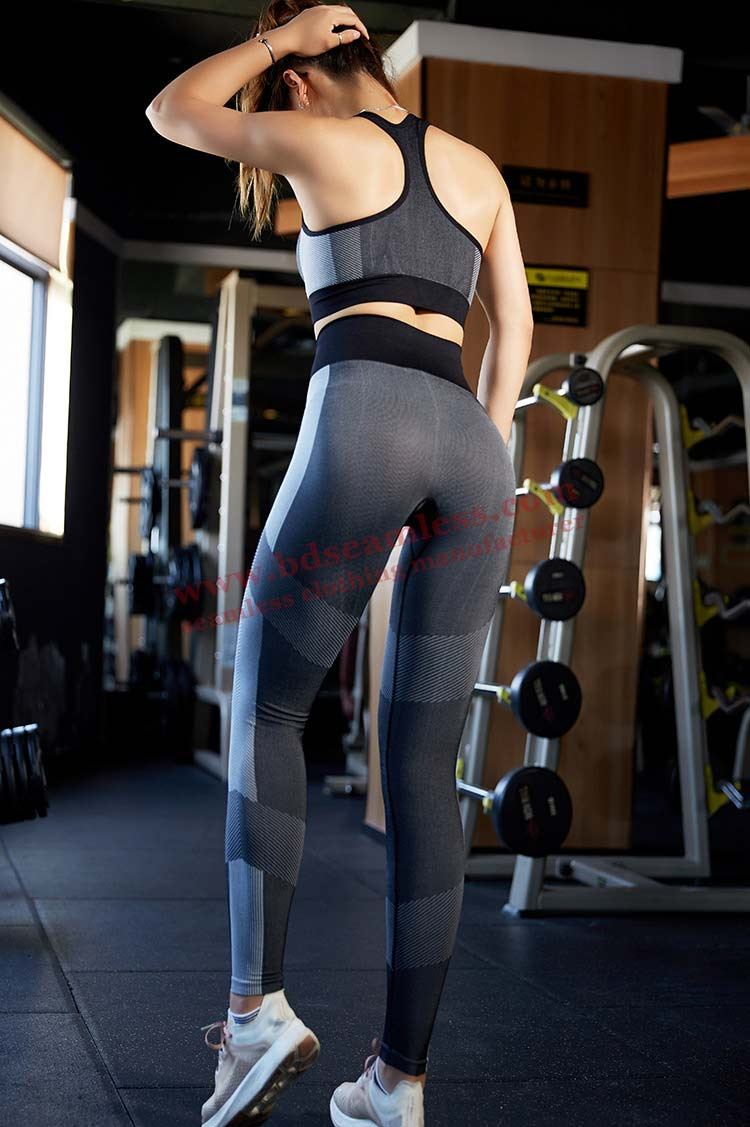 PRIVATE LABEL NEW STYLE LEGGINGS