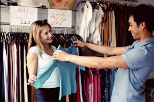 Opening A Clothes Shop:How To Sell The Same Thing At a Higher Price?